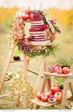 This cake is pomegranate perfect! http://www.theprettyblog.com/…/pomegranate-inspired-styled…/ Since we're still celebrating the pantone colour of 2015, marvelous marsala, we're spoilt to an organic, pomegranate styled shoot done by Tyme Photography.