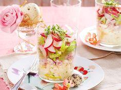 Unser beliebtes Rezept für Eier-Schinken-Schichtsalat und mehr als 55.000 weitere kostenlose Rezepte auf LECKER.de.