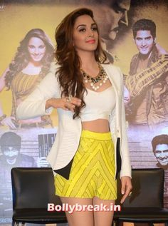 Is she the Future Diva fof Bollywood? - Kiara Advani - Fugly Movie Actress -  , #kiaraadvani