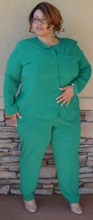 """Maggie Sweet Forest Green 2-Piece Pants Set Size 2x Polyester Button Blouse: Width 26""""/length 28"""" Pants: Hips 28""""/Inseam 26"""" Stylish fashion"""