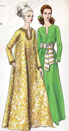 Vogue ca. Misses Caftan. Full caftan in evening length, has shaped neckline and full length sleeves. Pockets in side seams. With or without purchased flexible trim or belt. Featured in Vogue Pattern Book February/March 1969 Source by azlynnazizi Kleider Moda Vintage, Vintage Mode, 1960s Fashion, Moda Fashion, Vintage Fashion, Fashion Fashion, Fashion Images, White Fashion, Fashion Dresses