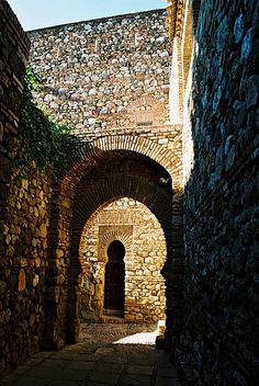 CASTLES OF SPAIN (2) - Alcazaba de Málaga
