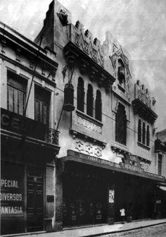 Década de 30 - Cine Alhambra na rua Direita, na região da Sé.