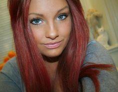 Natural makeup and pretty hair color Pretty Hair Color, Pretty Face, Red Hair Green Eyes, Girls With Red Hair, Gorgeous Hair, Pretty Hairstyles, New Hair, Hair Inspiration, Hair Makeup