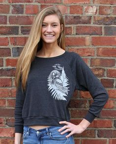 Do you love comfy sweatshirts? This owl shirt on Etsy is soft, and cozy. Pairs great with jeans for an easy Fall look. Get yours here: https://www.etsy.com/listing/222432230