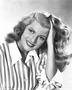 Beauty Icon - Rita Hayworth #beauty #icons The silver screen never knew sensuality until she came along. The ultimate old hollywood seductress