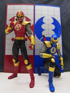 In Hand Images of SH Figuarts Gouraigers / Ninja Storm Crimson and Navy Power Rangers - Tokunation