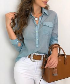 Skinny Jeans Plus Size . Skinny Jeans Plus Size Fashion 2020, Look Fashion, Plus Size Western Wear, Chic Outfits, Fashion Outfits, Prom Dresses With Sleeves, Casual Chic Style, Blouse Designs, Casual Looks