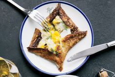 Crêpes With Creamy Leeks and Baked Eggs