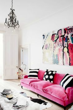 The Prettiest Living Room Ideas With A Pink Sofa | Did you ever thought about adding a pink sofa to your home decor? To convince you, here are 20 modern sofas that will probably make you fall in love with it! Read more: https://www.brabbu.com/en/inspiration-and-ideas/interior-design/prettiest-living-room-ideas-pink-sofa