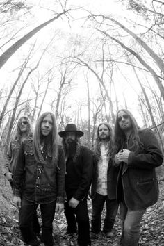 Blackberry Smoke… It's almost embarrassing how obsessed with them I am at the moment… And I'm letting EVERYONE know. lol