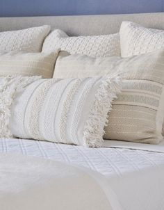 beautiful neutral bed pillows