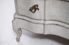 Antique Scandinavian Chest of Drawers, 1750 8 Scandinavian Chest Of Drawers, Rococo, Decorative Boxes, Antiques, Home Decor, Homemade Home Decor, Scandinavian Dressers, Antiquities, Antique