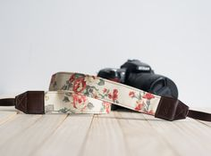 Cream Floral Vintage Camera Strap for DSLR   Mirror by GoOnDesign