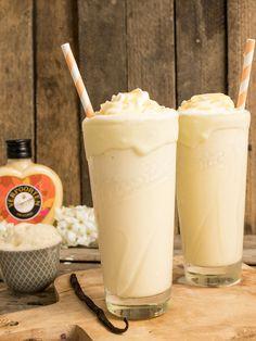 Milchshake mit Vanilleeis✓ Erfrischender Sommerdrink✓ Schnell gemachter Cocktail mit Zubereitungsvideo auf verpoorten.de