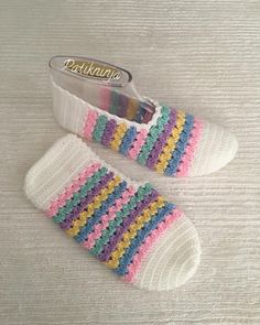 "285 Likes, 1 Comments - @patikninja on Instagram: ""#patik #evayakkabısı #babetpatik #knitting #crohet #crohetlove #wedding #knitlove #craft #çeyizlik…"""