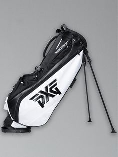 No set is complete without a matching bag. The NEW Lightweight Golf Stand Bags are for those that prefer to walk 18 holes and look good doing it.😎 Head over to eGolf Megastore to shop now. Golf Shop, Golf Stores, Golf Stand Bags, Golf Bags, Dubai Golf, New Bag, Online Bags, Shop Now, Walking