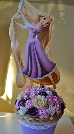 Rapunzel Tangled inspired centerpiece by Annabellasworld on Etsy, $15.00
