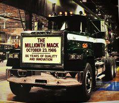 Old Mack Trucks, Big Rig Trucks, Semi Trucks, Pickup Trucks, Train Truck, Road Train, Mack Attack, Custom Big Rigs, Heavy Truck
