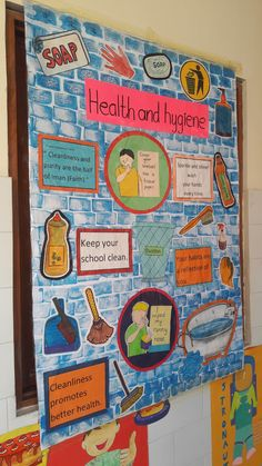 Health and hygiene Display Boards For School, School Board Decoration, School Displays, School Decorations, Health Bulletin Boards, Bulletin Board Design, Art Bulletin Boards, Classroom Charts, Classroom Bulletin Boards