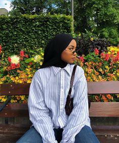 Modern Hijab Fashion, Street Hijab Fashion, Muslim Fashion, Modest Fashion, Fashion Outfits, Hijab Fashion Inspiration, 2000s Fashion, Fashion Pants, Fashion Ideas