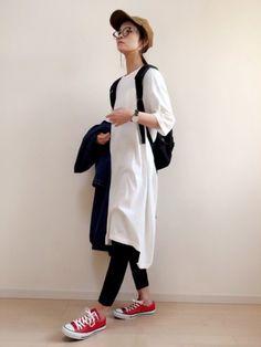 この前のコーデのアウター脱いだバージョン。 ig→non.5829 Normcore Fashion, Ad Fashion, Hijab Fashion, Fashion Photo, Love Fashion, Fashion Looks, Fashion Outfits, Womens Fashion, Casual Outfits