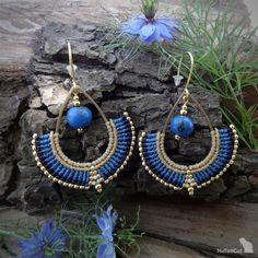 Handcrafted macrame earrings made with linhasita mm thread, acai beads, glas… – HANDCRAFTED Macrame Earrings, Macrame Bag, Micro Macrame, Macrame Jewelry, Bead Earrings, Diy Jewelry, Macrame Thread, Gypsy Jewelry, African Jewelry