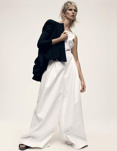 Frill Seeker - Iselin Steiro by  Gregory Harris for Vogue UK November 2016 - Carolina Herrera