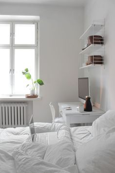 Best All White Room Ideas White Clean Bedroom Shelves Bedding Arranging Bedroom Furniture, Small Bedroom Furniture, Home Decor Bedroom, Home Furniture, Living Room Decor, Bedroom Ideas, Bedroom Inspo, Furniture Outlet, Living Rooms