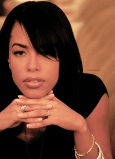 """""""The most important thing is to think highly of yourself, because if you don't, no one else will"""" - Aaliyah Rip Aaliyah, Aaliyah Style, Christina Aguilera, Rihanna, Beautiful Black Women, Beautiful People, Jennifer Lopez, Aaliyah Pictures, Aaliyah Haughton"""