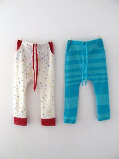 Make your own sarouel pants. Adorable. I want to make some for Felix, Penelope and me.
