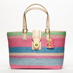 A pretty pastel beach tote...makes me want to go on vacation!