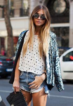 Stockholm Street Style - Stars and Aviators Star Fashion, Look Fashion, Womens Fashion, Fashion Trends, Street Fashion, Fashion Ideas, Luxury Fashion, Sequin Blazer, Sequin Jacket
