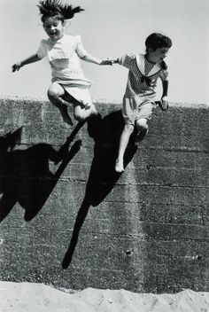 friends will be friends *by Martine Franck