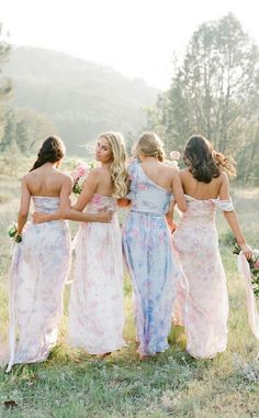 Plum Pretty Sugar features bridesmaid robes, bridesmaid pajamas, bridal robes and bridesmaid dresses to maternity robes. Couture Bridesmaid Dresses, Mismatched Bridesmaid Dresses, Bridesmaid Robes, Wedding Dresses, Beach Dresses, Floral Dresses, Mix Match Bridesmaids, Bridesmaids And Groomsmen, Wedding Bridesmaids