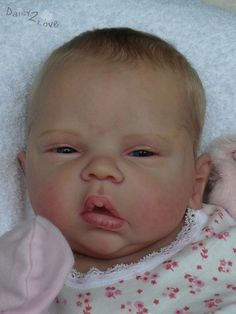 reborn baby doll PROTOTYPE ELYSE Cassie Brace by Marjoleine Daisy2love nursery