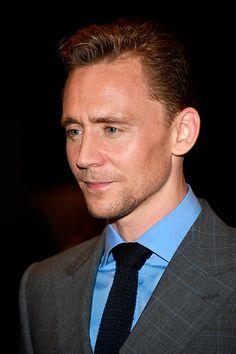 Tom Hiddleston attends the 'High-Rise' premiere during the 2015 Toronto International Film Festival at The Elgin on September 13, 2015 in Toronto. Full size image: http://ww1.sinaimg.cn/large/6e14d388gw1ew1sh8gdj5j21kw2dh1kx.jpg Source: Torrilla