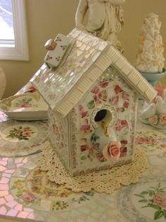 Gorgeous Shabby Mosaic-Teahouse Rose Birdhouse Delight