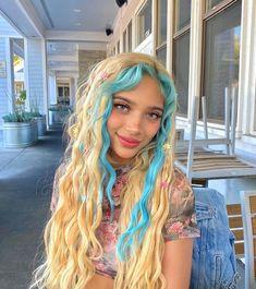 Best Hair Dye, Dye My Hair, Hair Inspo, Hair Inspiration, Catty Noir, Hair Tattoos, Brunette To Blonde, Aesthetic Hair, Aesthetic Clothes