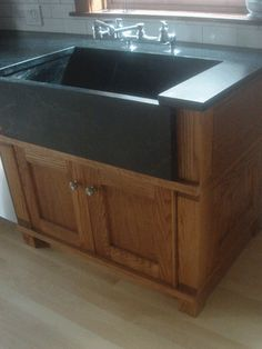 Humming Bird Woodworks - Discover solid Custom Cabinets that are unique and environmentally friendly