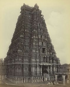 Srirangam.... Indian Temple Architecture, India Architecture, Ancient Architecture, Temple India, Hindu Temple, Indiana, Hindus, Vintage India, Incredible India
