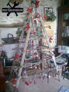 Ladder Christmas Tree - I kind of like this idea :)