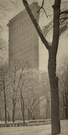 1903 ('The Flat Iron' - Alfred Stieglitz) New York