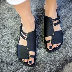 NEW Black Strappy Sandals Leather Sandals Slide Sandals Sneakers Mode, Sneakers Fashion, Fashion Shoes, Casual Heels, Casual Wear, Luxury Shoes, Types Of Shoes, Leather Shoes, Diy Leather Sandals