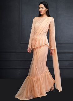 Saree Styles, Blouse Styles, Blouse Designs, Diwali Dresses, Drape Sarees, Indian Gowns Dresses, Stylish Sarees, Embellished Top, Saree Collection