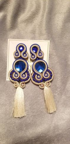 Soutache earrings with tassel perfect to add fun and glam to any outfit Tassel Jewelry, Diy Jewelry, Jewelery, Jewelry Necklaces, Soutache Earrings, Diy Earrings, Shibori, Boho, Handmade