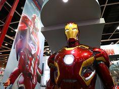 Hot Toys Marvel Universe Exhibition