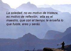 La Soledad: dos cristales para vivirla.                              http://cb-caminoalaluz.blogspot.com/2015/04/la-soledad-dos-cristales-para-vivirla.html