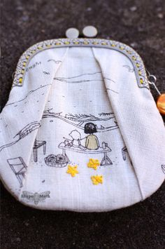 Shape Moth: Zakka Style Sew Along :: Week 22 - Pleated Coin Purse