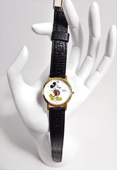 Vintage Disney Mickey Mouse Watch // Lorus by Seiko // V811-1400 by…